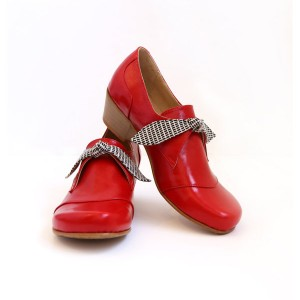 Red-patent-leather-women's-shoes-wide-chunky-heels-209$-(2)